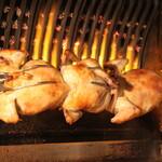 ラ ポスト - フランス式ローストオーブンで焼き上げるロティサリー料理は絶品!