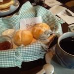 cafe de しっぽな - 英国スコーン。