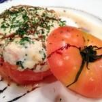 桜里 - トマトとカッテージチーズの詰め物のオーブン焼き