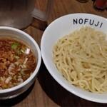 らーめん つけ麺 ノフジ - 料理写真:魚介醤油つけ麺 中盛り