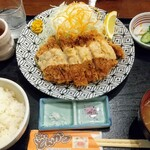 かつ亭 - チーズチキンかつ定食❗️
