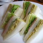 ニシオ - 料理写真:ハムたまごサンドイッチ