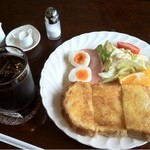 銀のすぷ~ん - 料理写真:モーニングBセット500円(コーヒー+トースト+ハムエッグ+サラダ)