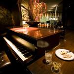 リットバー - スタンウェイのピアノ