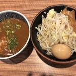 ラーメン燈郎 - ミニサバ節カレーつけ麺。オレ的にはミニでちょーどイイ量。