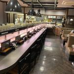 亀正くるくる寿司 - 店内雰囲気