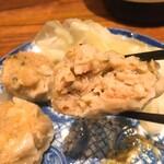 純米酒 三品 - 生姜とエビの焼売アップ