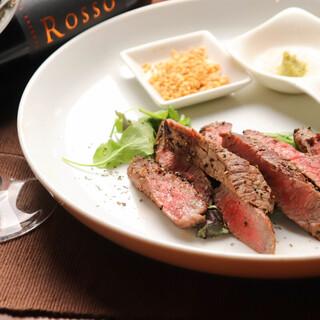 """◆人気◆神戸産黒毛和牛""""イチボ""""は、ステーキで食べるのが◎!"""