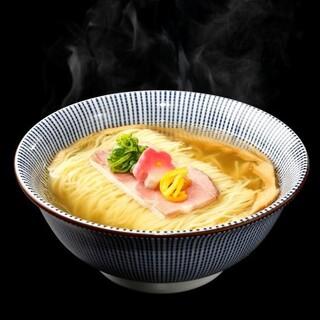真鯛ならではの芳醇な香りと旨味を味わえる。