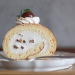 キッサ マシマロ - 2020年10月再訪:マロンクリームのロールケーキ☆