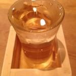 すし家 - 日本酒(月山)です。