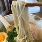 麺宗祐気 - シコっ ぱっつんとしたキレの良さもある麺
