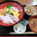 市場の食堂 金目亭 - 料理写真: