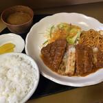 亀の家食堂 - 豚ロースカツ・ライス・味噌汁