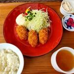 千丑茶屋 - 料理写真:カキフライランチ