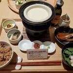 神楽坂 茶寮 - 出来立てお豆腐御膳