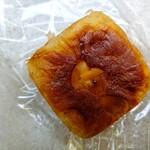 137774422 - タヒチバニラのクリームパン