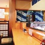 よし寿司 - カウンター