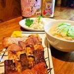 日本再生酒場 - 串焼き、煮込みなどの単品メニューやお酒の種類が豊富。軽く一杯や、おつまみ少しだけもOK!