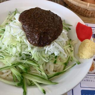 俺のじゃじゃ - 料理写真:麺大¥700
