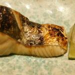 西麻布 鮨 ふくじゅ - サワラ(13000円のお任せ握りのコース)