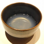 西麻布 鮨 ふくじゅ - ハマグリの出汁(13000円のお任せ握りのコース)