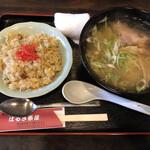 はるき茶屋 - 料理写真:ミニラーメンとミニチャーハンのセット