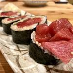 久松屋 - 生本まぐろ太巻寿司 ハーフ 1,800円