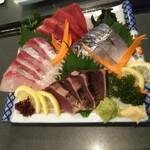 肉と魚 いっすんぼうし - 「刺身四点盛合せ(¥1,480)」
