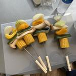 ビーチパークリビング - 料理写真:串には刺したけど、食べる時は外す野菜焼き (焼けないから)
