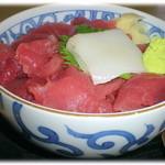 寿司吉 - H24.5 なかおち丼 700円 どんぶりの上に埋め尽くされたなかおち