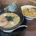 横浜家系ラーメン 一四家 - 料理写真:ネギチャ丼セット(塩豚骨ラーメンを選択)