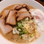 らー麺屋台 骨のzui - 料理写真: