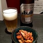 137852459 - 生ビールとキムチ