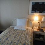 13786175 - 綺麗ですがベッド幅は狭いです
