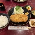 137861438 - 大ロースカツ定食