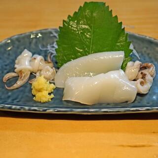 石臼挽き手打 蕎楽亭 - 料理写真:新イカの刺身