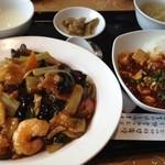 13787430 - 餡かけ焼きそばと麻婆豆腐丼のセット