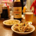 餃子専門店 祥雲 - 葱油鶏(350円)・搾菜(300円)