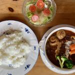おか亭 - 料理写真:「ビーフシチュー」@1940+「セットメニュー(ライス、サラダ、シャーベット、コーヒー)」@540