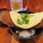 137886240 - ・「トロトロ玉子の角煮かつ丼(¥750)」