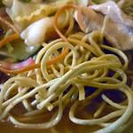 13789064 - 「やきそば」バリバリに揚がった麺
