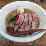 麺榮 王様のラーメン - 料理写真: