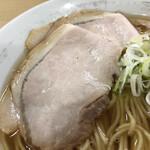 煮干鰮らーめん 圓 - 国産豚のロースチャーシュー