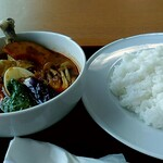 食堂 丸善 - スープカレー1,100円。