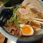 みつ星製麺所 - ①特製和風ラーメン~麺リフト~