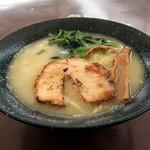 日曜だでぃい麺 - 料理写真:鶏白湯らーめん 塩