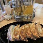 あのジャンクストーリー あのコウベエニシ - ■肉汁餃子¥350