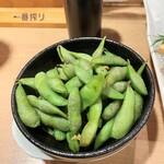居酒屋 頂 - 黒枝豆。380円+税