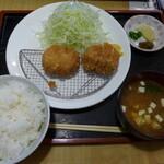 とんとん亭 - ひれかつ定食(1,320円)